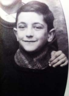 10 August 1930 | French Jewish boy Willy Bajroch was born in Paris.   In August 1942 he was deported from Drancy to #Auschwitz. After the selection he was murdered in a gas chamber,.