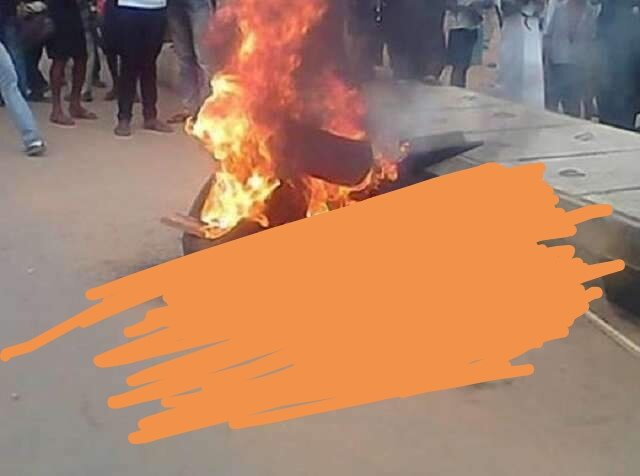 When @MaziNnamdiKanu says something about the wickedness of a black person, people gets upset. In as much as we don't support evil, nobody has the right to take another man's life. And to Biafrans, never you engage in such a barbaric acts! @Amaka_Ekwo @realFFK @renoomokri @hrw