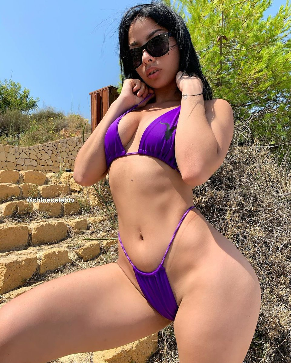 Tell me something you like about me?😈 This is for you 😋🥰💋
