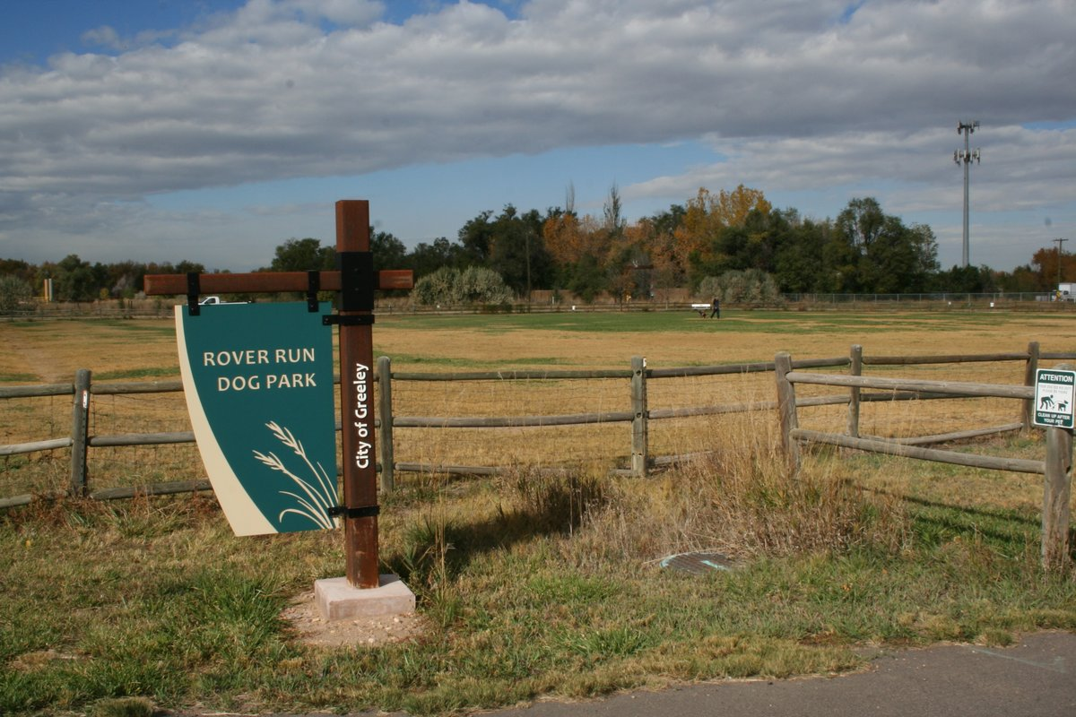 🐕 ⚠️ Parks staff are working to mow and remove the fox tail weeds that have grown in Rover Run Dog Park. The dog park will be CLOSED this Wednesday (Aug 12) from approximately 6am-noon as we do further mitigation.