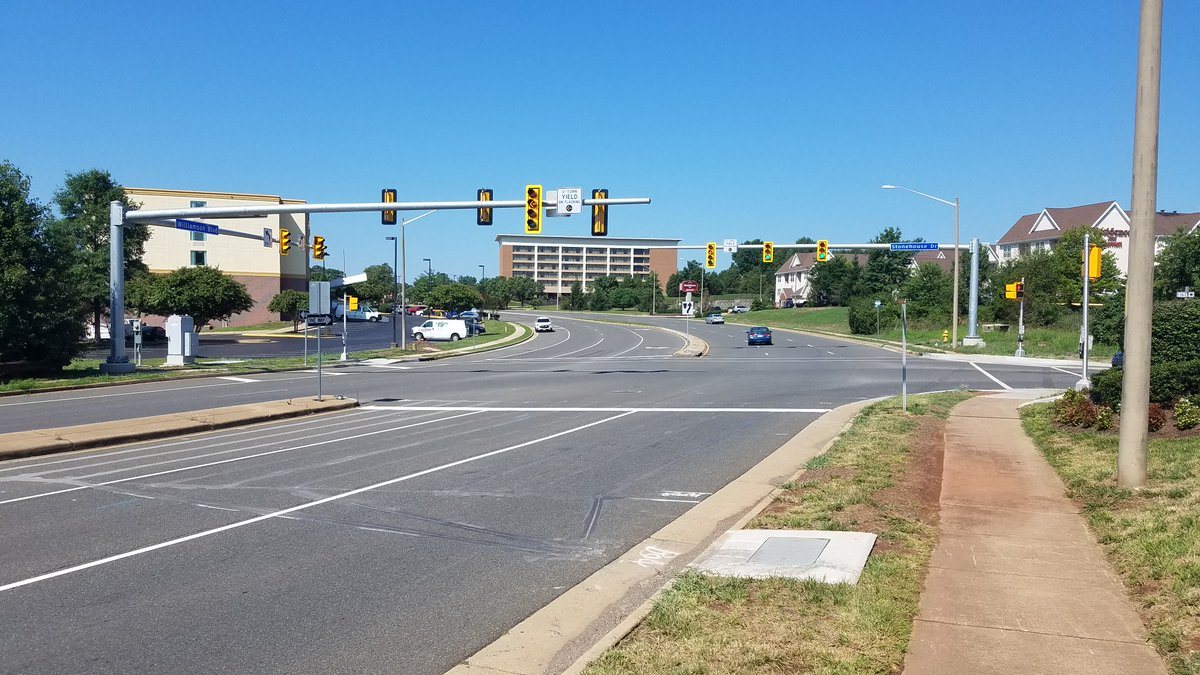 Check out the new🚦and🚶‍♀️🚶improvements at Williamson Blvd and Stonehouse Dr in Manassas, including Accessible Pedestrian Signals and flashing yellow arrows! More info: