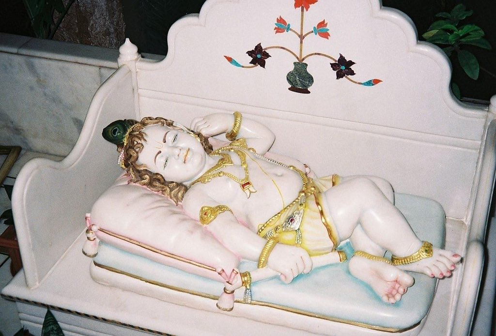 No one remembers the girl baby born on the same day who was interchanged with Krishna, a boy baby, to save his life. The boy's life was precious but the girl was born to sacrifice her life. Today is not only the birthday of Shri Krishna but also of Yogamaya.  #HappyJanmashtami