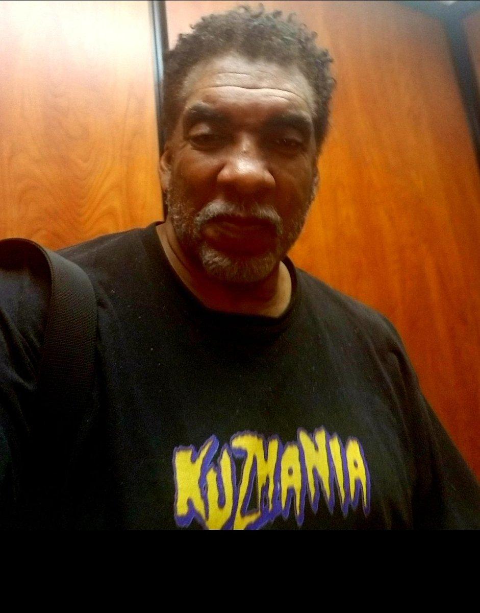 You Kuz, you lose baby!  Hahahaha, Kuuuz baby! #LakersNation my #Lakers #NBA My dude, @kylekuzma was 🔥🔥🔥! Wore my shirt, while filming nights on #ThePaleDoor