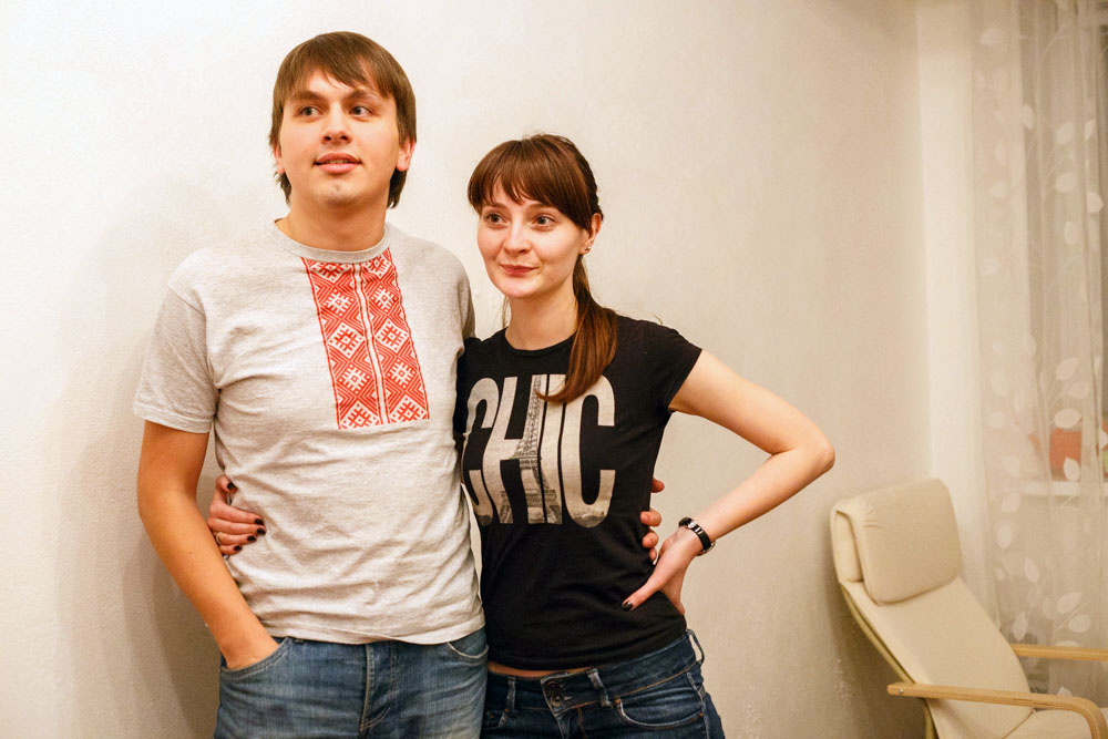 SOS. The Editor-in-Chief of the independent website Nasha Niva ( @nashaniva ) Yahor Martsinovich disappeared at 2AM. Colleagues believe that he is in jail. Minsk police don't provide any information. Their reporter, Natallia Lubnieuskaja, was wounded, her condition is stable now.