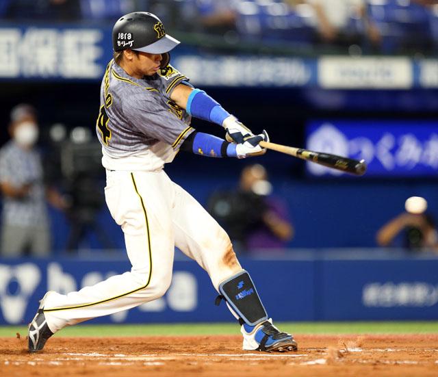 #梅野 選手も6回にタイムリー二塁打です。バットでも #ガルシア 投手の今季初勝利をアシスト!! #阪神 #tigers #阪神タイガース #梅野隆太郎 #アシスト