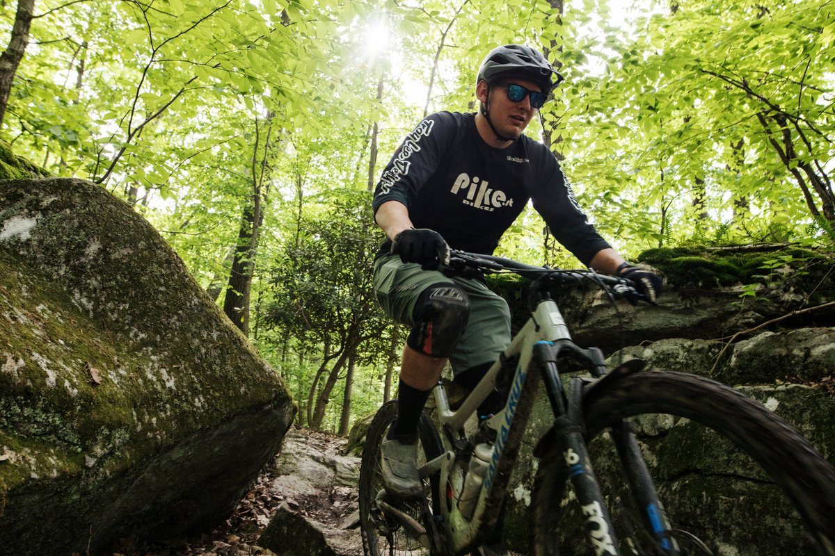 What's your bike brand of choice to handle the roots & rocks of WV? 🚵♂️ You can put her to the challenge during the Valley Falls Enduro Race on August 23. Race details @    📍Valley Falls State Park  @WVStateParks #BMX #Mountainbike #mymarionwv #AlmostHeaven