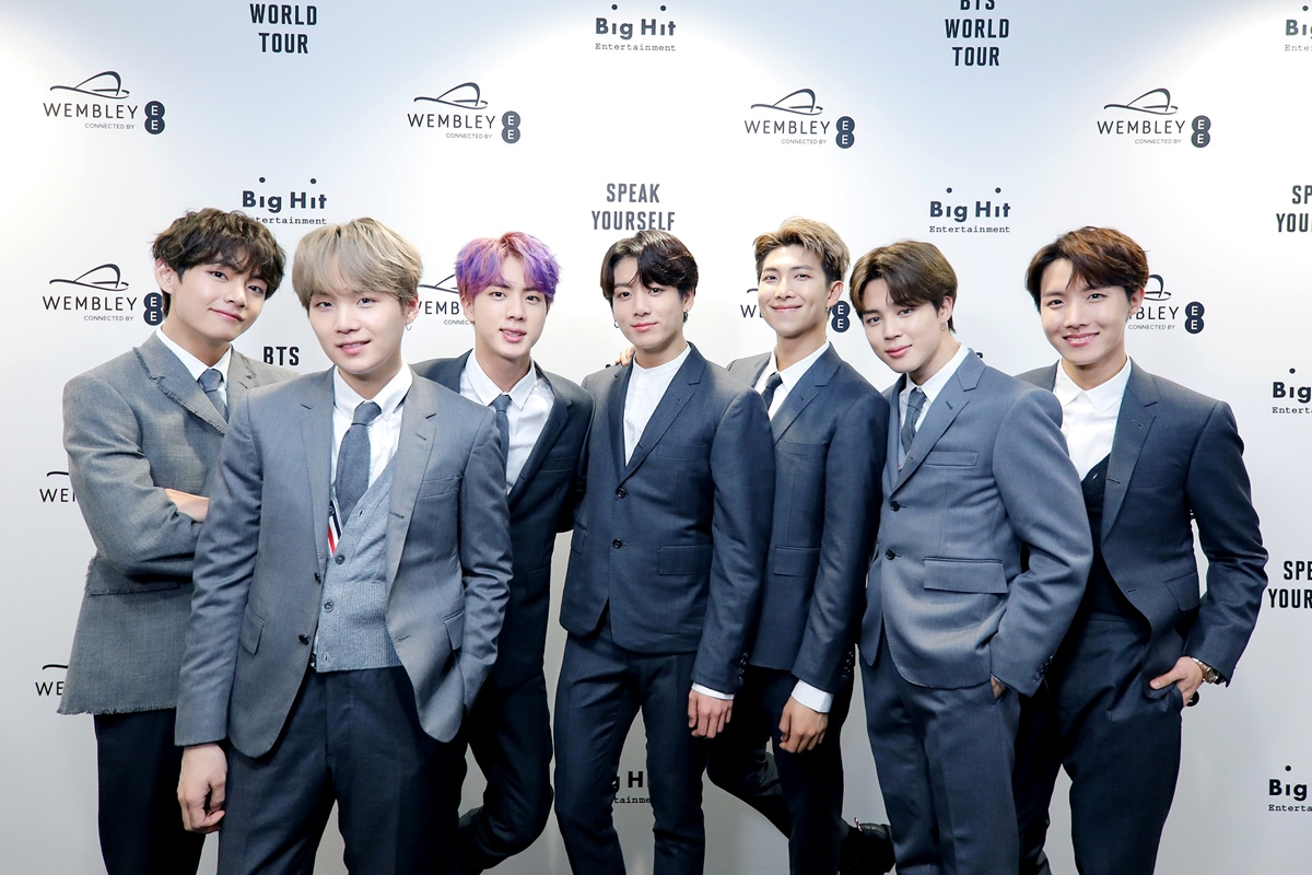 On October 7th, the Korea Society will award its highest honor, the Van Fleet Award, to BTS, in recognition of their contribution to cultural ties between the U.S. and Korea @bts_bighit @BTS_twt