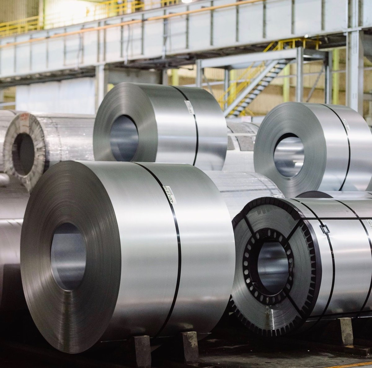 ICYMI: Steelmaker @ArcelorMittal announces major expansion plans at the AM/NS Calvert mill in Mobile County.  ✅New electric arc furnace ✅$500M investment ✅300 jobs in the community  ➡️
