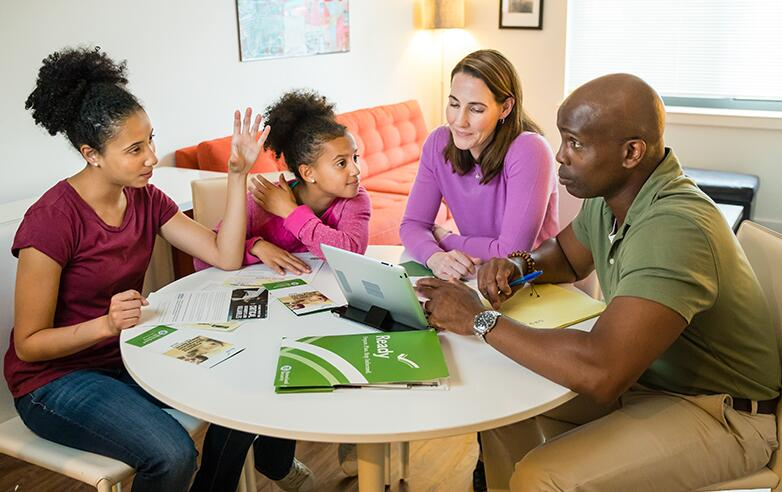 Do your kids know what to do during a disaster? If a disaster happens, knowing who to call and where to meet is an important part of emergency planning for you and your family. Learn more about making an emergency plan here: