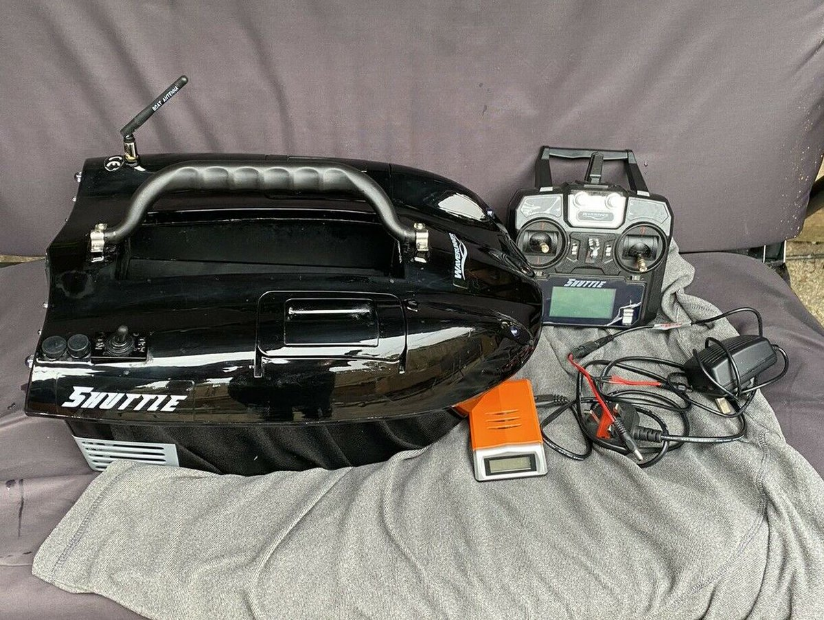Ad - Waverunner Shuttle Bait Boat On eBay here -->> https://t.co/t4ybmK8ji6  #carp<b>Fishing</