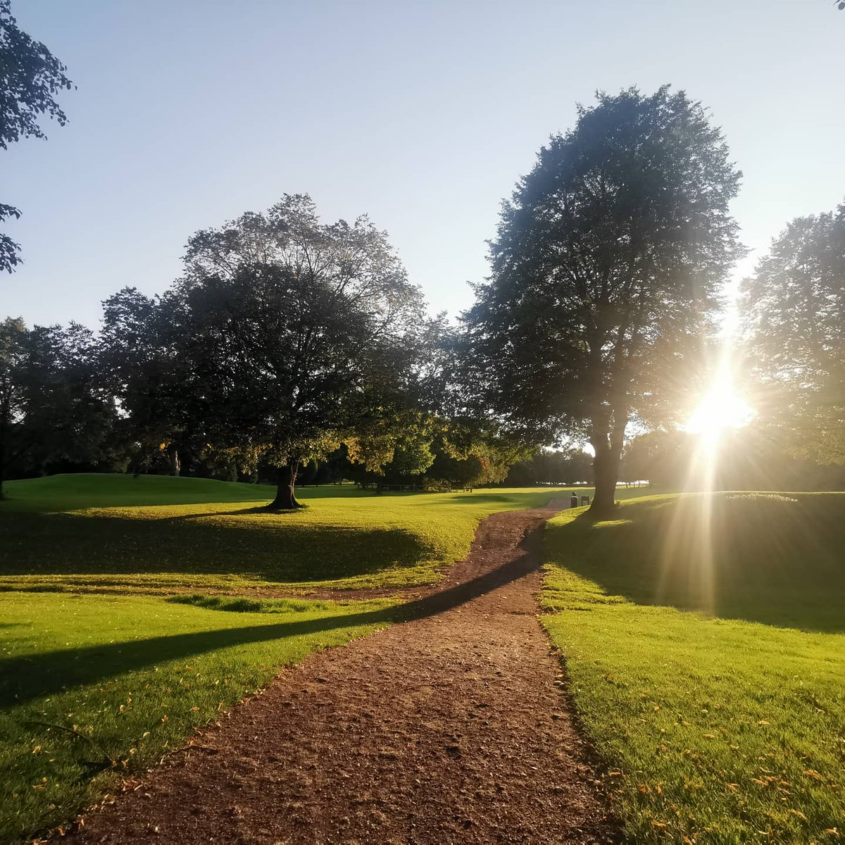 test Twitter Media - Gorgeous September evening for a playing lesson at Ingestre Park Golf Club 👌⛳☀️  #SeptemberSun @IPGCourseupdate @andyb381 @MidlandsGolfer @ThePGA @TheClub @staffsgolfclubs https://t.co/awaMe0kDwP