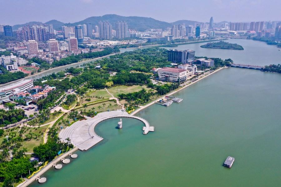La Feria Internacional de #Inversión y #Comercio de #China 2020 (#CIFIT) y el Congreso de Inversión de la Franja y la Ruta concluyeron el pasado viernes en #Xiamen con una inversión total acordada de cerca de 117.000 millones de dólares.  👉  vía @XHespanol