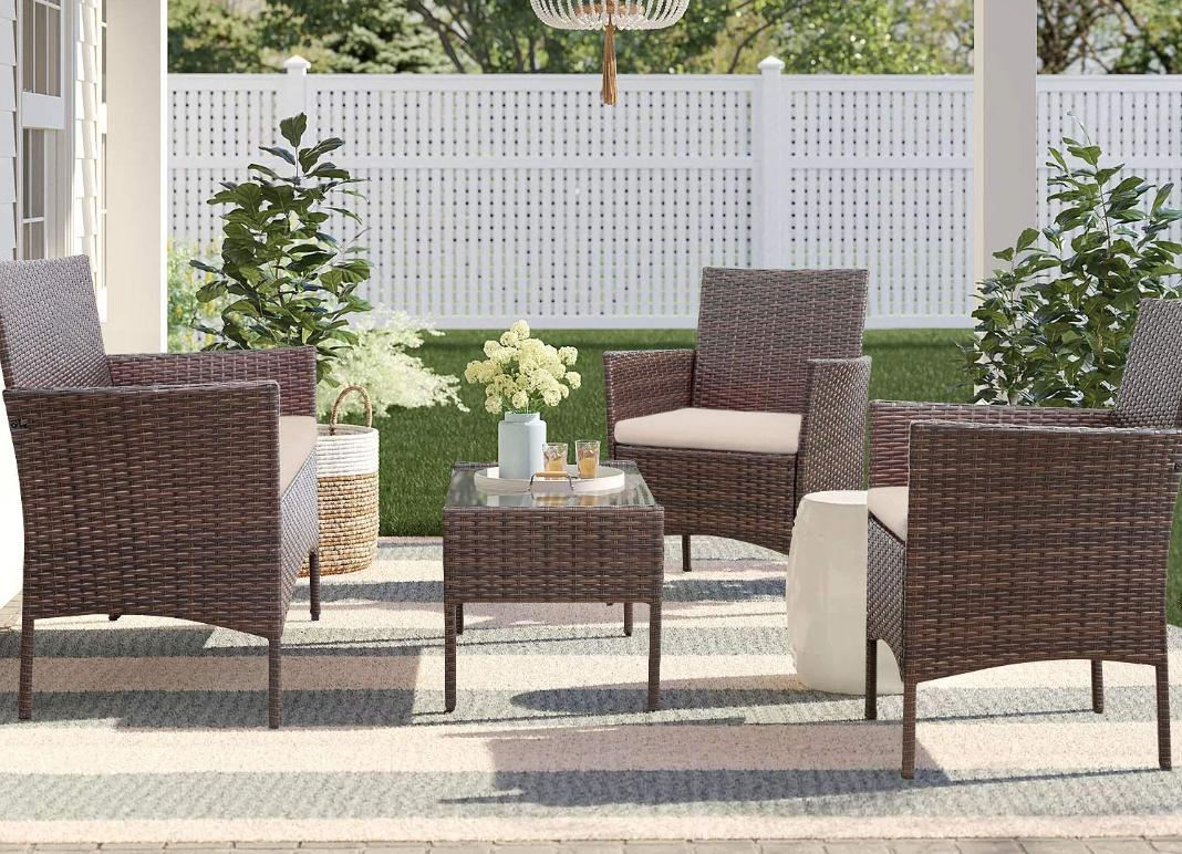 Outdoor Patio Furniture 4 pc set - $168.87 (reg. $250) + free shipping →...