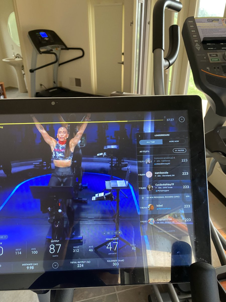 test Twitter Media - Meaningful to see the amazing Robin Arzon proudly donning her insulin pump during the @onepeloton one ride #type1 @JDRF #Insulin4all & Mazal tov for the wonderful baby news ! #peloton @RobinNYC @emmalovewell https://t.co/eSR29XBYA3
