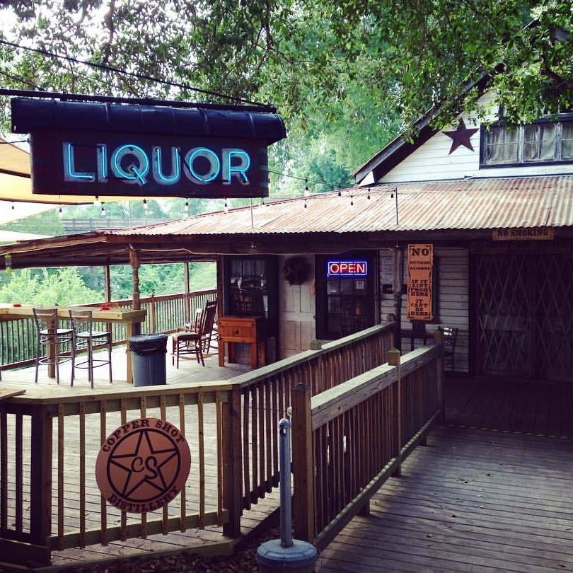 Copper Shot Distillery is back open everyone and they partnered up with Ma'Coco to provide food on a regular basis! Enjoy #craftcocktails and delicious #Mexicanfood Thursdays-Saturdays!   #ExploreBastropCounty