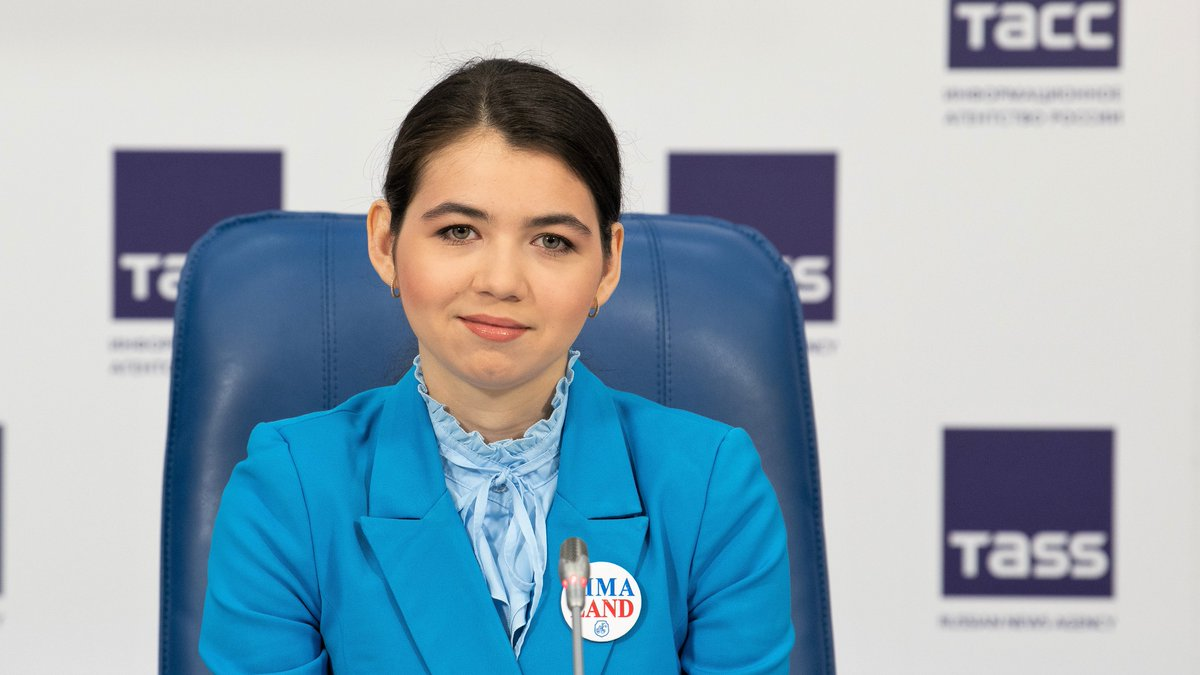 test Twitter Media - Happy Birthday to Aleksandra Goryachkina who turns 22 today!🎁  Currently ranked #3 in the world (2582), Aleksandra is the strongest Russian female player and the latest World Championship challenger. Last winter she played a match against Ju Wenjun in Russia & China. #chess #HBD https://t.co/NxRhVKSZCW