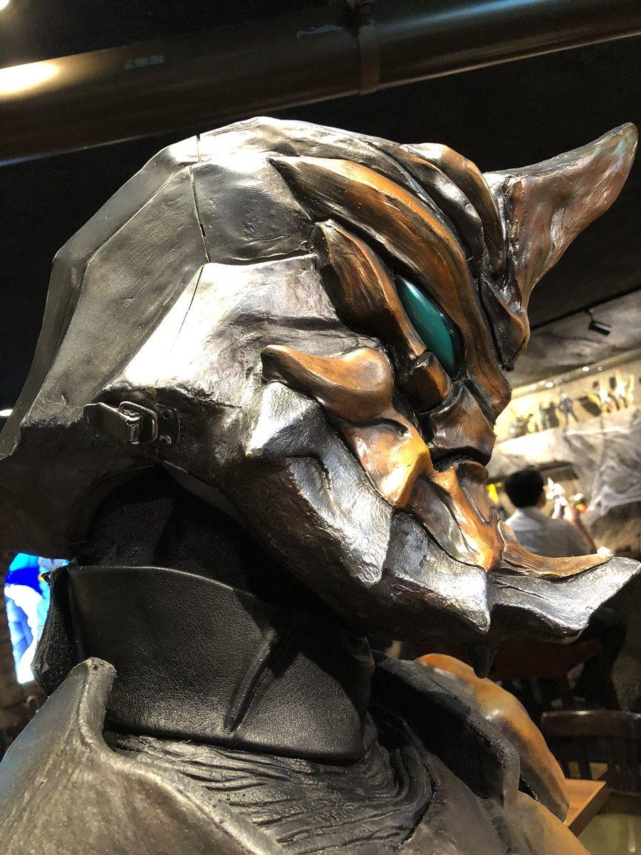 test ツイッターメディア - ジャグラスさん、隣で記念撮影させてもらったが…スーツ独特のあの香りがして😅 ウルフェスとかでツーショットきたときに香る、あの匂い。 あ、これどこかでちゃんと使ったやつなんだって思いました。 https://t.co/1gs03CAFIq