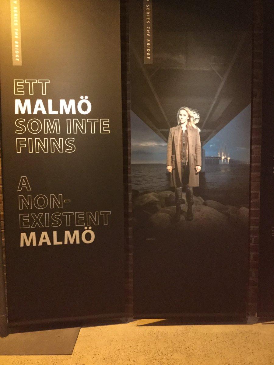 test ツイッターメディア - 以前、スウェーデンのマルメに旅行した時、博物館にテレビドラマ「ブリッジ」のコーナーが出来てたけど、あの作品はマルメが舞台なのでその足で街の各所に聖地巡礼できる。だから、パトレイバーやシン・ゴジのテーマパークで内閣総辞職ビームのルートを辿るオプショナル・ツアー付きとかならまだ判る。 https://t.co/cwQzLV6tTT