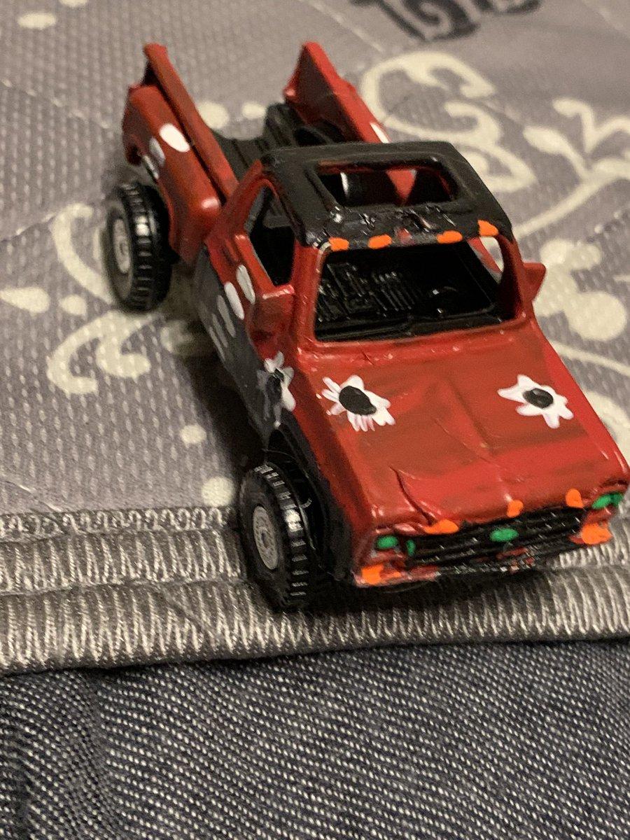 test ツイッターメディア - チェーズオーエンズさんのシボレートラックもタイヤを取り付けました🦌🦌🦌 ファレさんと組んでIWJPタッグチームです🦌🦌🦌 https://t.co/dIV4v5TxvM