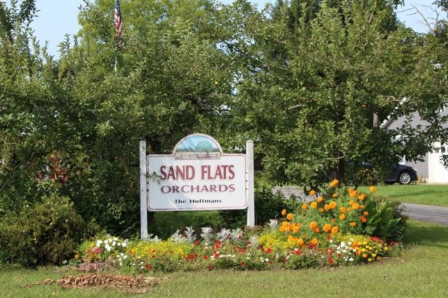 Why not Be a Tourist in Your Own Town and #ExploreMoreMontgomery?   Our first stop was Sand Flats Orchard.🍂🍂  Follow our blog where we will be showcasing all of our stops through the community at :   #StrongerTogether #tourism #mohawkvalley