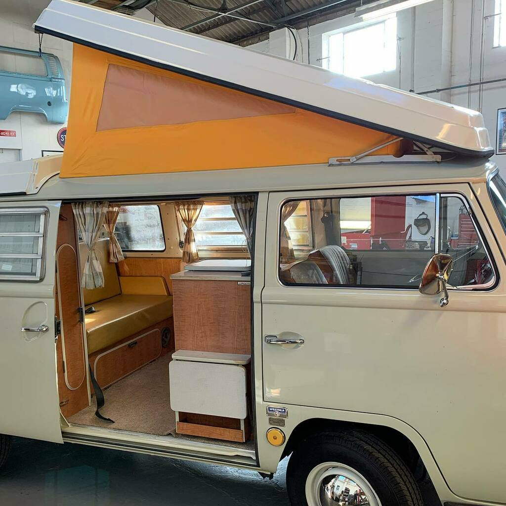 test Twitter Media - New roof canvas fitted on the 68 Westi sales bus… There's still time to get away this year and catch some autumn sun #VW #Type2 #Camper #Westifalia #AutumnSun #ForSale https://t.co/Xiy7qZSlT5