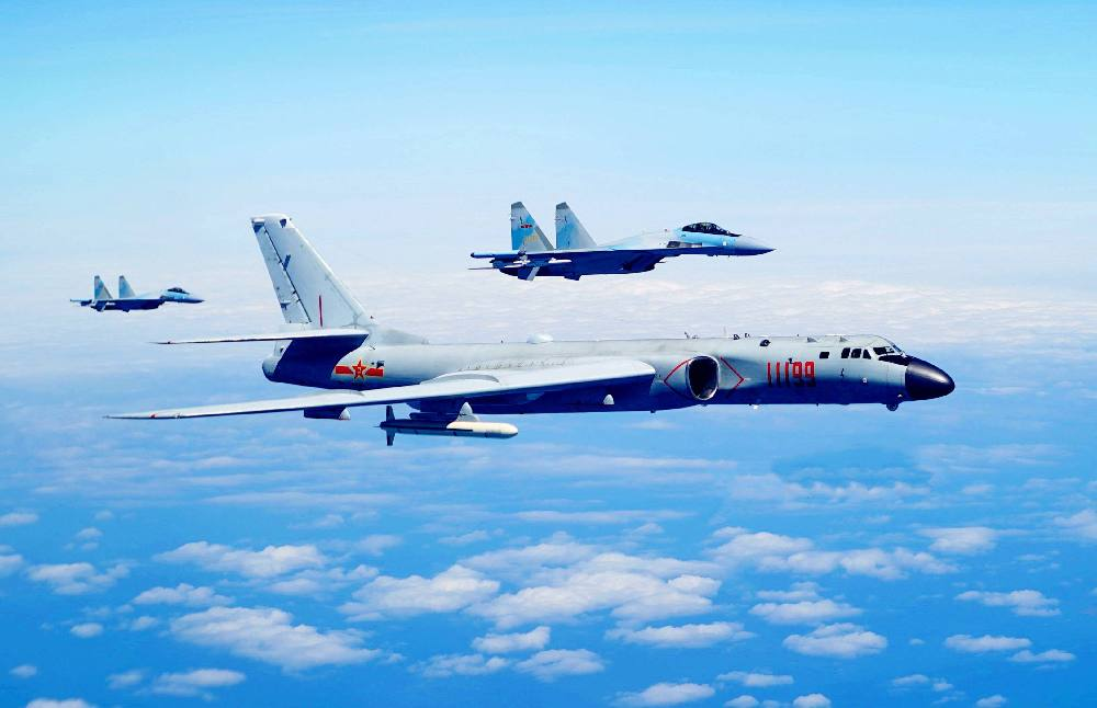 """""""There is no middle line of the Straits,"""" #PLA pilots responded when flying across the so-called """"middle line of the #Taiwan Straits"""" on Thursday as the island's military called them to turn around, Taiwan media reported on Fri."""