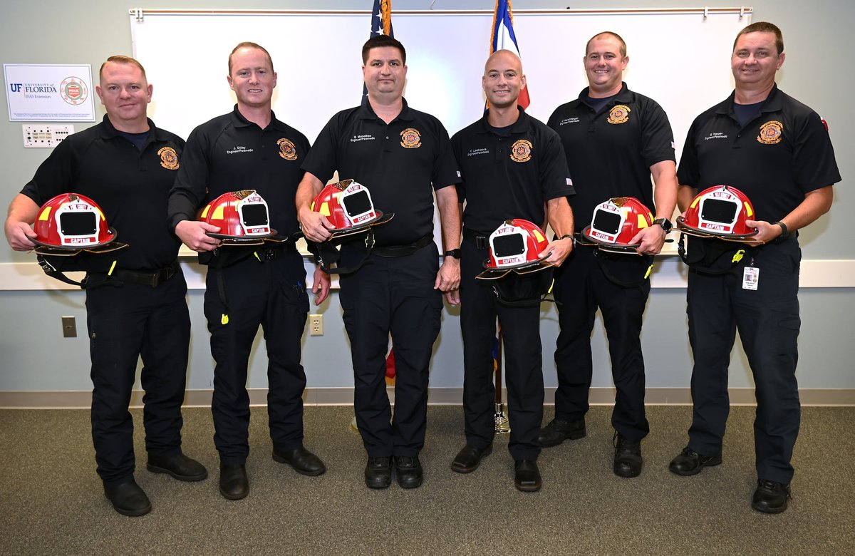This week @PolkFire Fire Chief Robert Weech presented new red helmets to seven newly promoted captains!  Congrats to Kevin Culpepper, Bill Mandikas, Henley Lastrapes, Greg Harper, Richard Massey, Jason Dilley and Cody Hershberger on their well deserved promotions!