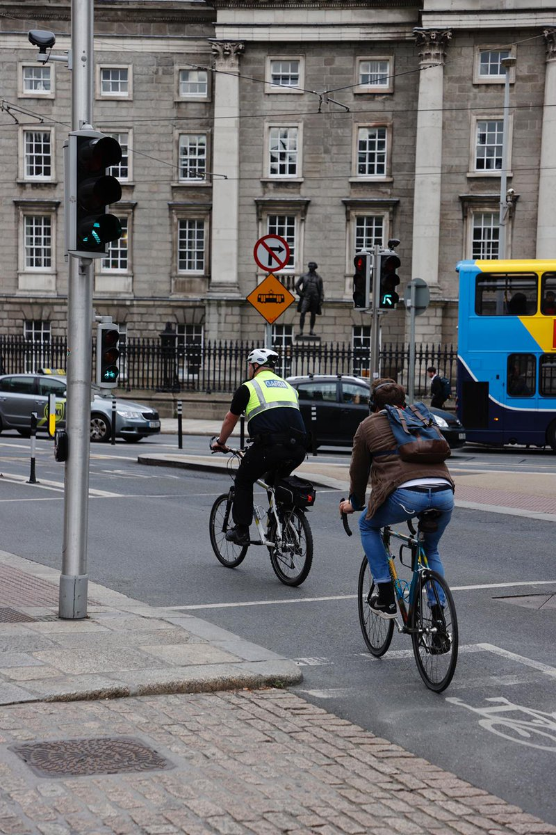 test Twitter Media - Every day, cycling in the Dublin Metropolitan Area takes up to 60,000 cars off the road. If these cars were all in a traffic jam it would tail back 288km, equivalent to the distance from Dublin to Kinsale. Read the full Bike Life report: https://t.co/WDfAWnQsxl #BikeWeek2020 https://t.co/t79zYDa0T9