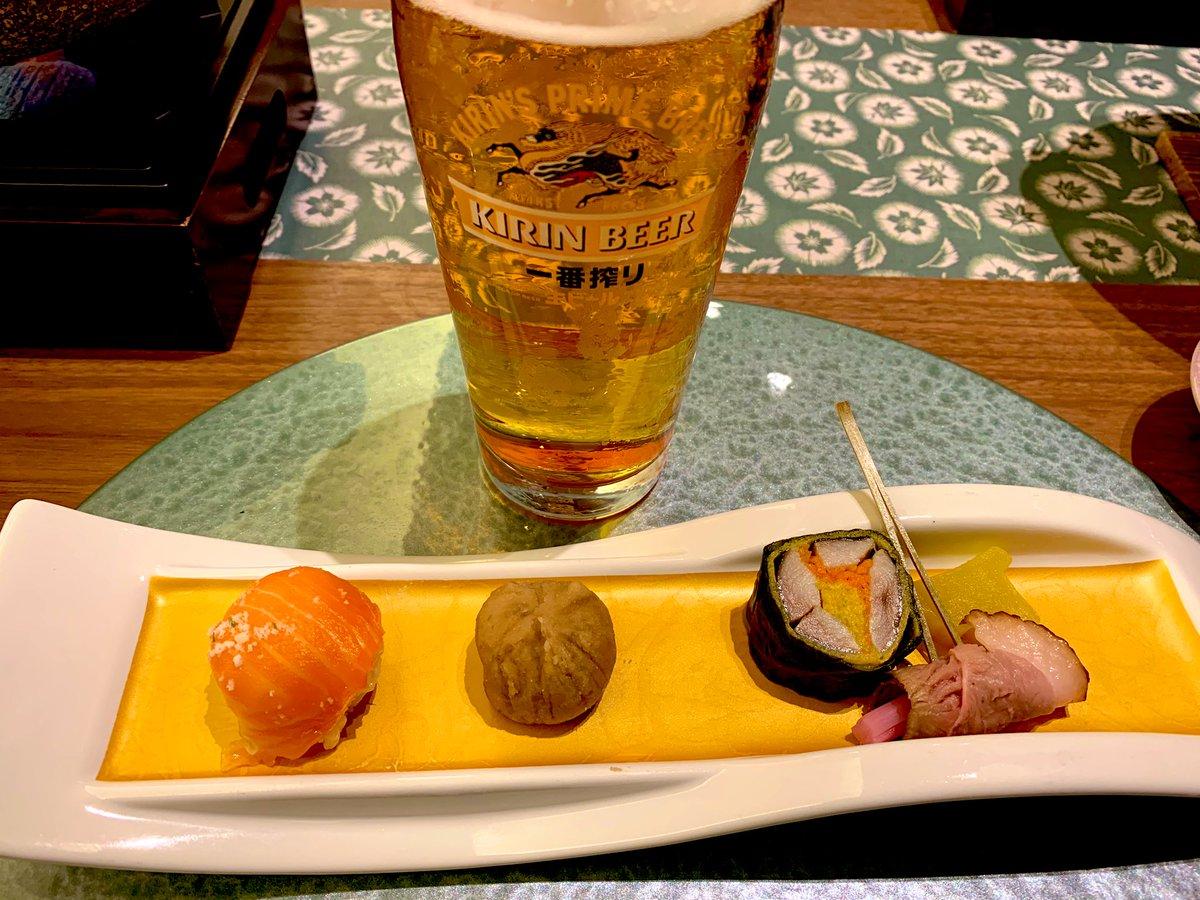 test ツイッターメディア - 温泉ってやっぱりいいですよね… 疲れだけでなく心も癒されます☺️  そして美味しい料理と美味しい酒が幸せを増し増しにしてくれます😊  本日の日本酒 ・黒部(吟醸・長野) ・白馬錦(長野)  #日本酒 #温泉 #旅館 #GoToトラベル https://t.co/WMKj7RVzGh