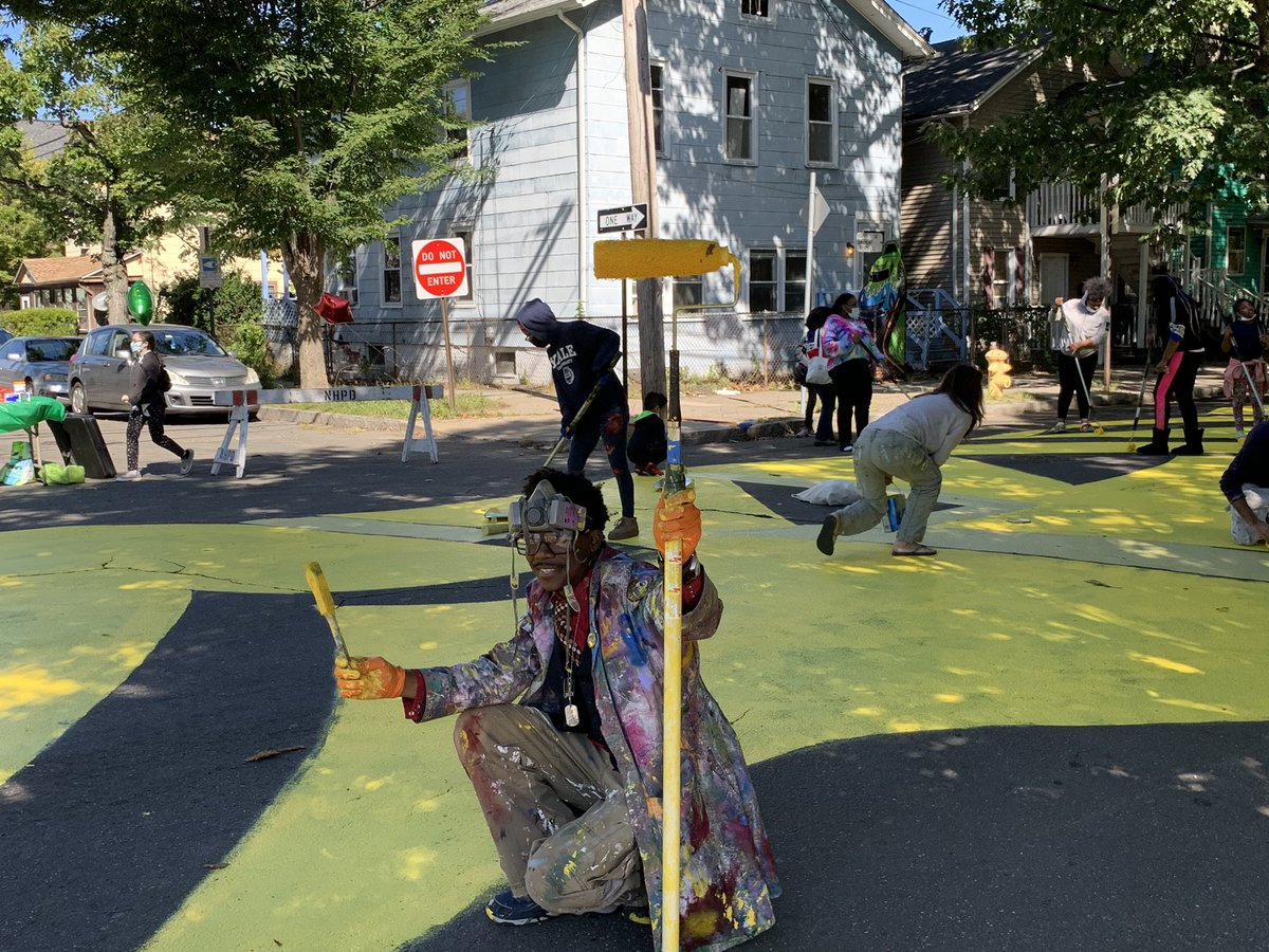 Check out the amazing work of @kwadwoadae & volunteers on the Black Lives Matter #NewHaven street art project on Bassett Street. Inspiring work + partnership with @newhavecultural + Newhallville community 🙏