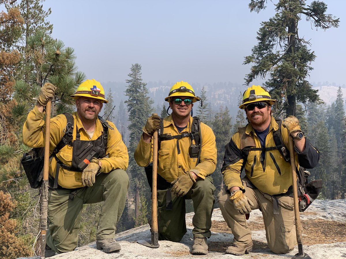 WILDFIRE UPDATE  The crews have been busy laying hose lines across several miles up and down the mountains.  They work in 24 hour shifts and end each day exhausted but happy.    The Sierra Creek Fire is currently 25% contained and has burned over 278,000 acres.  #wildlandfire