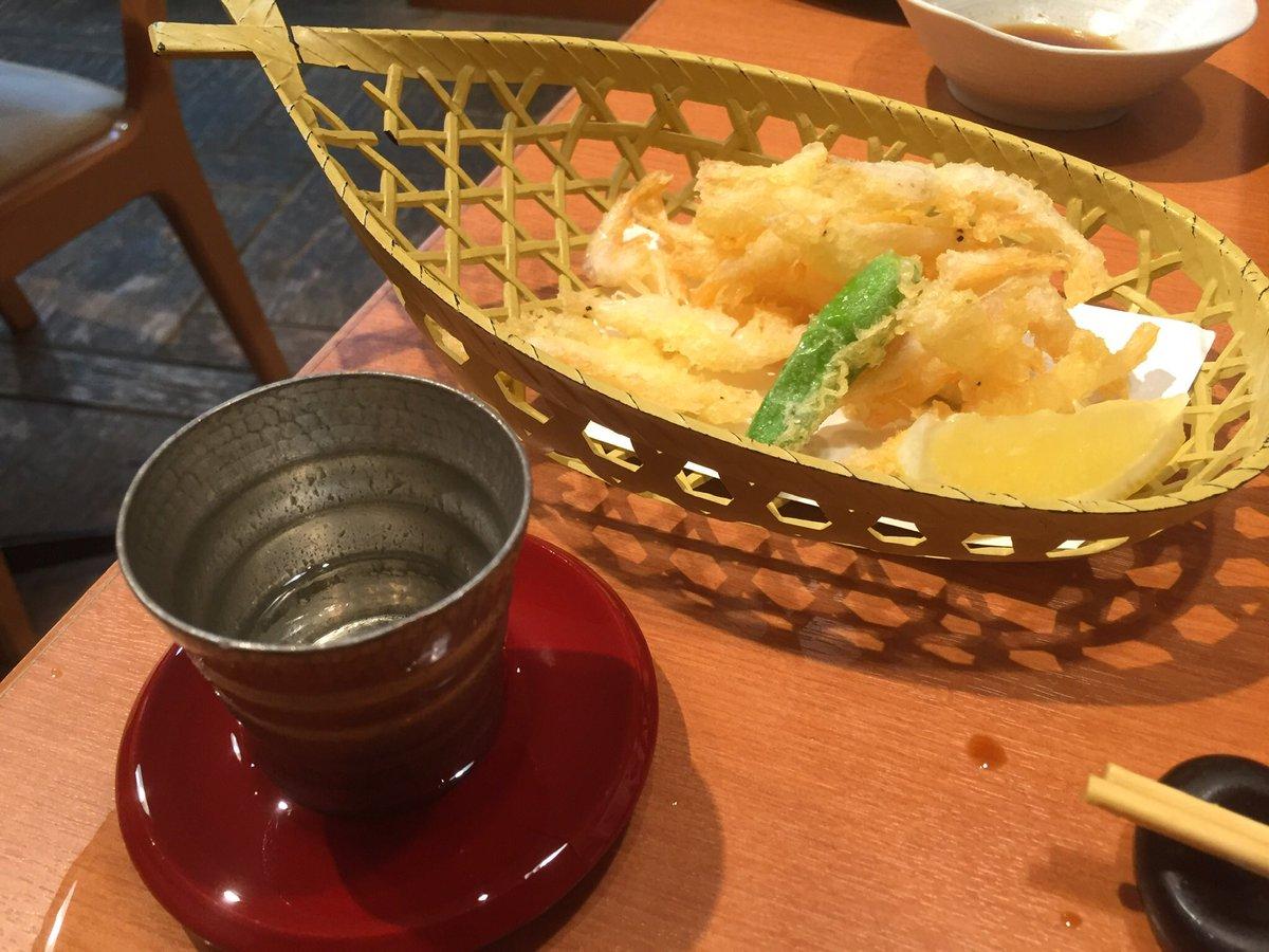test ツイッターメディア - 昨日はライビュのあと、川崎ラチッタデッラにある方舟というお店で北陸信越のお酒とお料理。刺身盛合せと信州サーモンのしゃぶしゃぶと白えびの天ぷら。日本酒は新潟の大吟醸謙信(←名前で選んだ😊)とひやおろし雪紅梅。量飲めないので100mlのグラスあるの嬉しい。 https://t.co/oWg7Nk8dIu