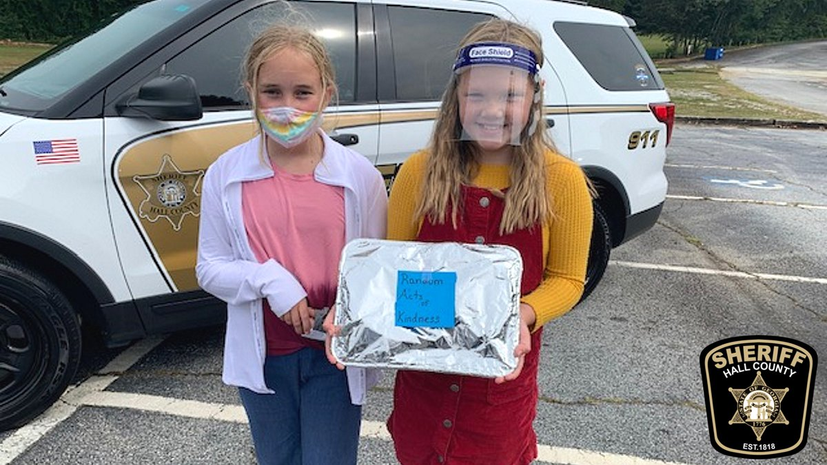 Random act of kindness from Braelyn, 10, Adria, 9, over the weekend for HCSO deputies.  Read more about why: