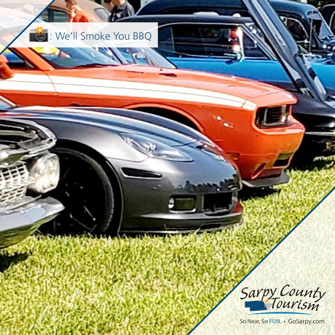 Cruise Nite at We'll Smoke You BBQ – tomorrow (9/25). BBQ and cars, we're there! 🏎😋 #CruiseNight #BBQ