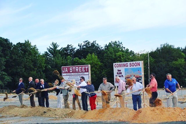 Welcome @FoodCity @ultabeauty & @fivebelow to Albertville Marketplace opening Spring 2021! Proud to be the home of the first/flagship Food City store in Alabama. We're all in for a treat, folks. Special thanks to @WeKnowDirt for partnering with us to land this project in Aville👏