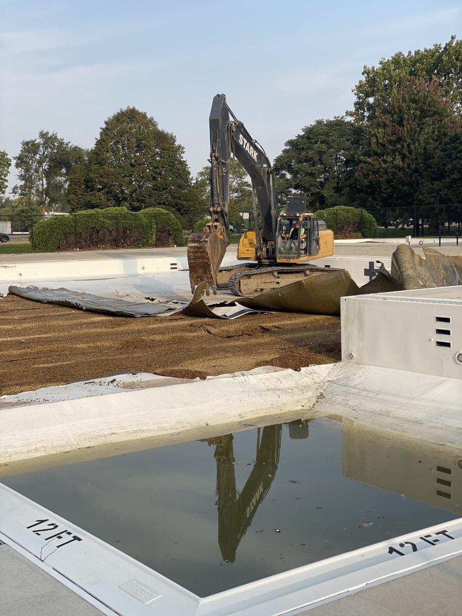 O'Neil Pool demolition begins, new Aquatics project planned for community -->