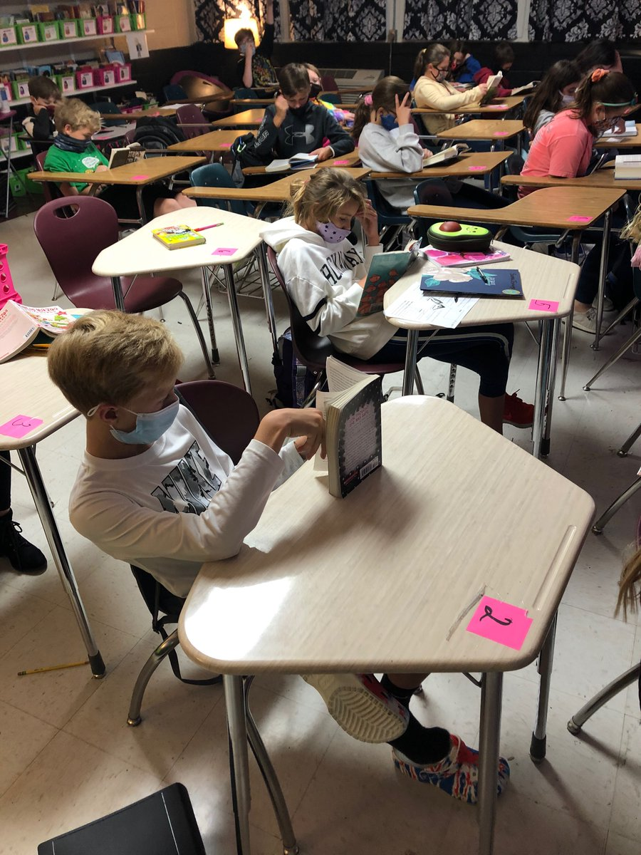 RT @odenvillemiddle: Independent Reading in ELA at OMS! #studentchoice @sccboe @stclairsuper