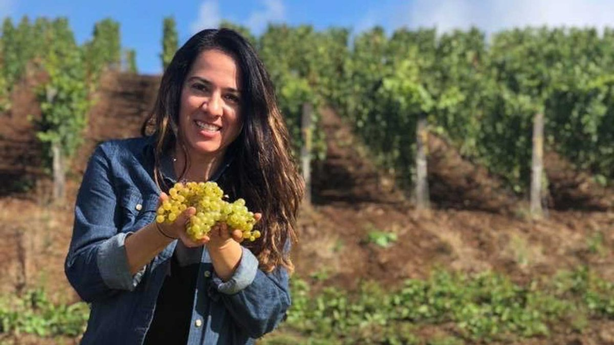 For Hispanic Heritage Month, we're honoring these Latinx-run wineries in Oregon. 🍷