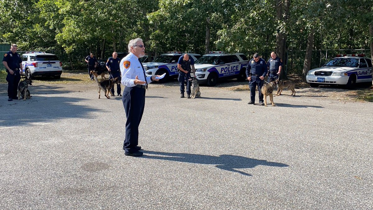 Rabbi Steven Moss, who retired last year after serving as a Suffolk County Police Department chaplain for more than three decades, performed the annual blessing of the department's canine members and their handlers during a prayer ceremony earlier this week.