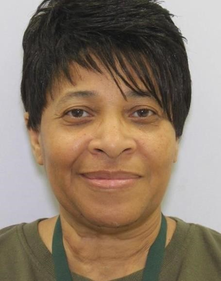 #MISSING: April Bryant (60), 5'9/175 lbs, walks w/cane, LSW a black bonnet & bright pink blazer style jacket, may be headed to N. Washington St in @BaltimorePolice city, last seen on Barnacle Ct early this morning. Call 911 if seen/Missing Persons unit 410-307-2020 w/info ^jzp