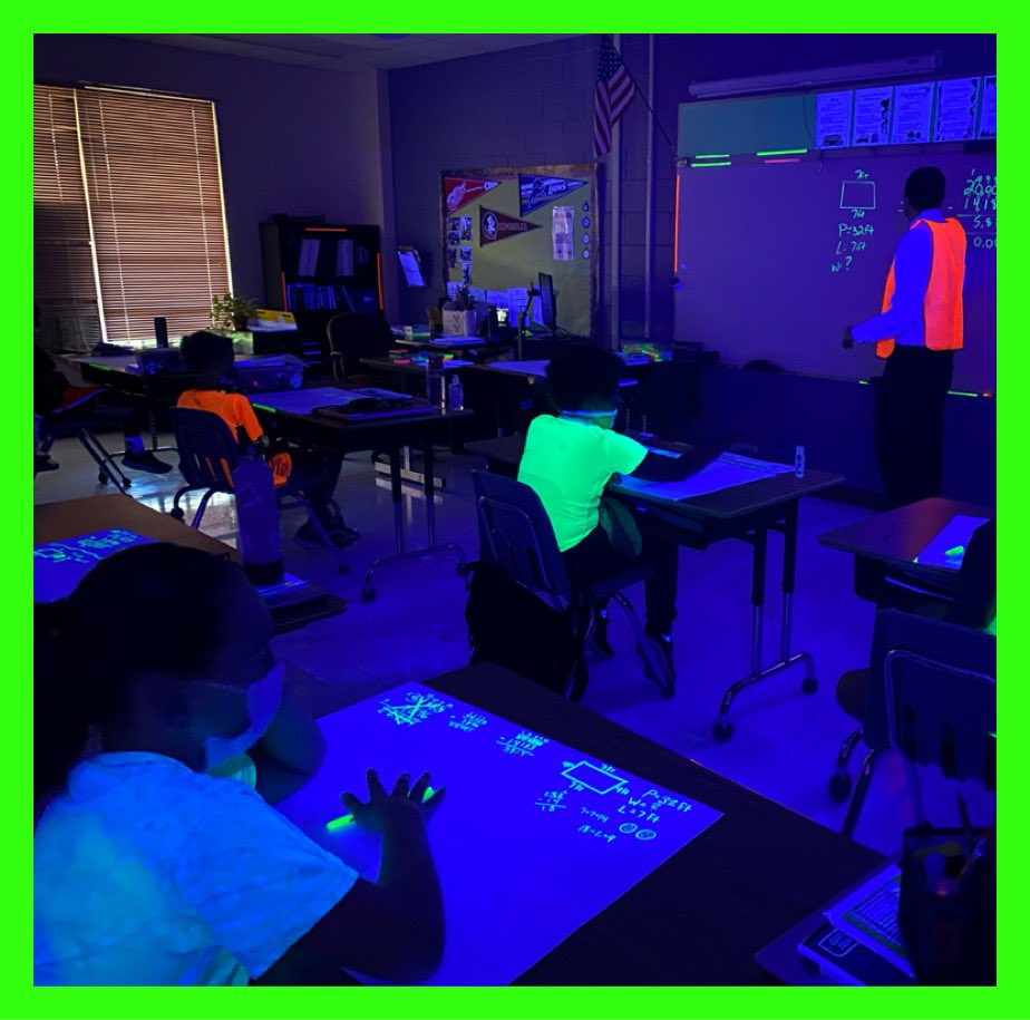 RT @OESCHIEFS: Had THE best time watching Glow in the Dark math review with @MrDistelrath91 #ccpsproud