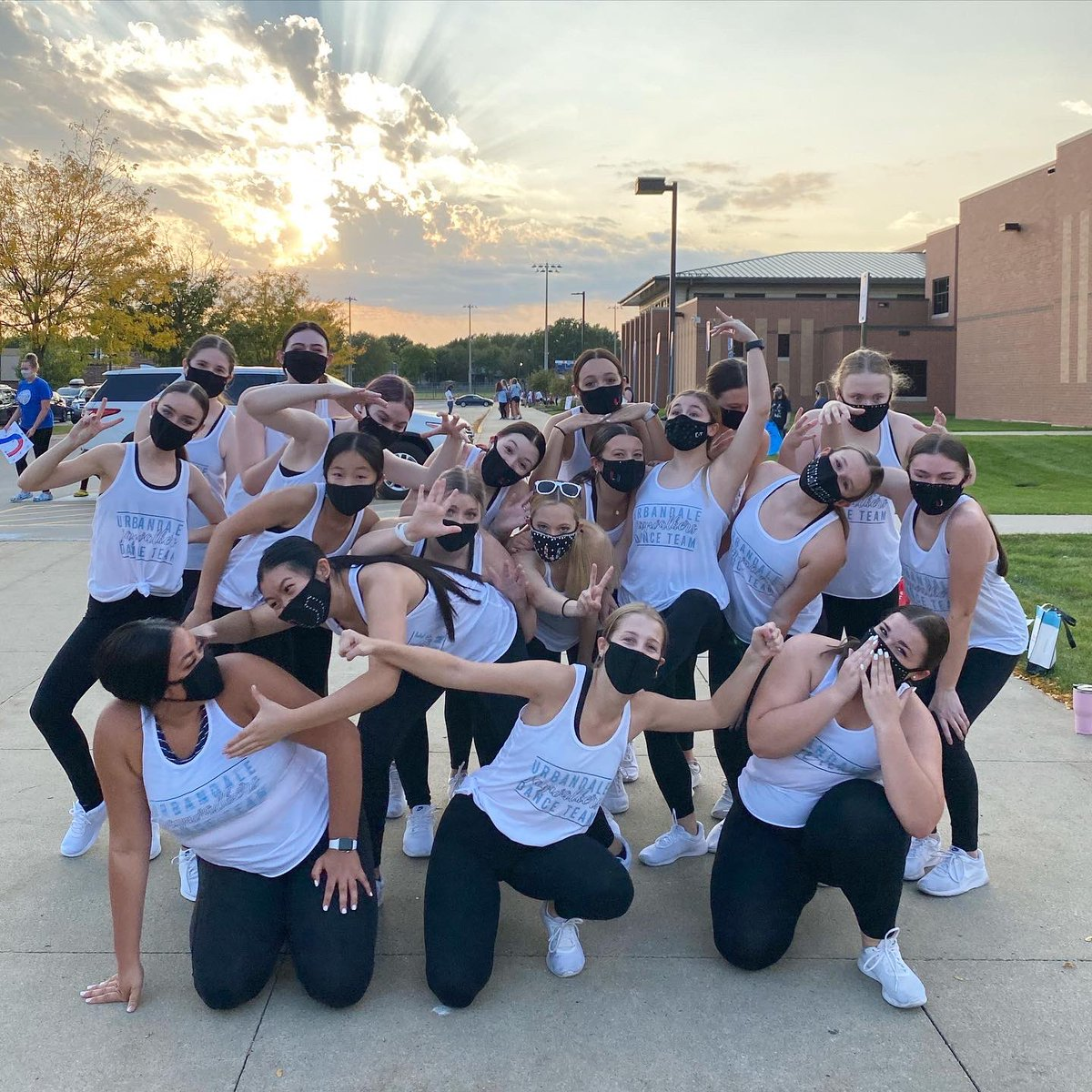 RT @JHawk_Dance: Happy Homecoming Day!! Let's go J-Hawks!