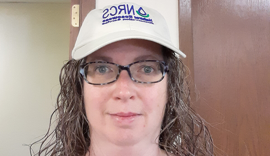 Breg Finnegan, Chair of the Nebraska Civil Rights Advisory Committee, was given an NRCS hat to recognize her great leadership and enthusiasm leading this committee. Nice work, Breg!