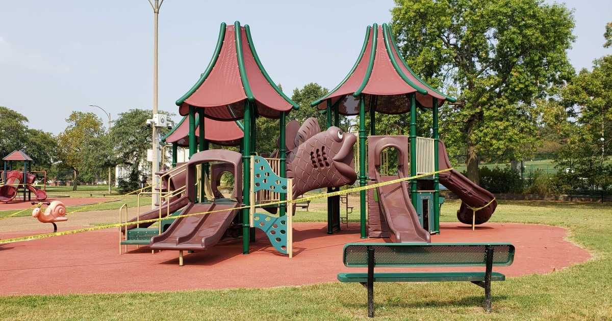 . @CityofSTLDOH's Dr. Fredrick Echols joins @STLonAir at noon to discuss how the city is weighing the decision to open or keep #STL playgrounds closed. He'll also share the latest #COVID19 rates among different age groups.