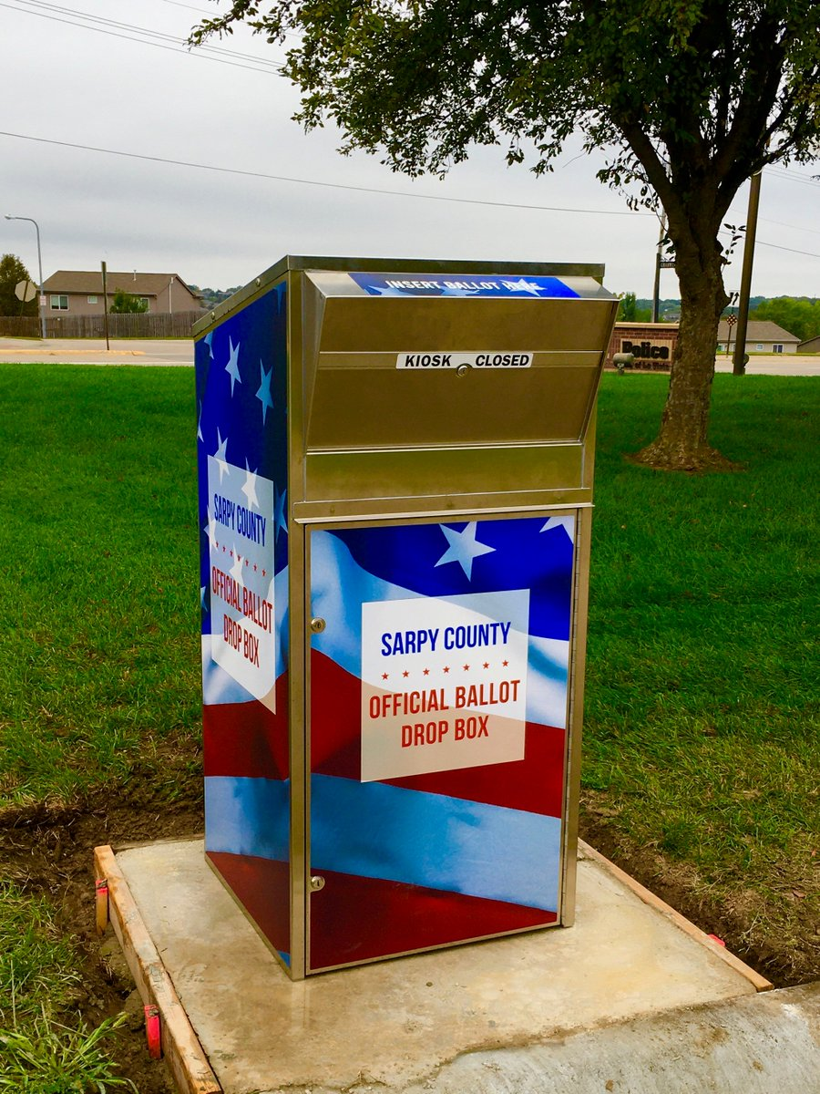 The @SarpyElections Commission installed two new ballot drop boxes: one in La Vista and one in Springfield.   La Vista: 7701 S. 96th Street Springfield: 153 S. 1st Street  @SarpyElections will start mailing ballots on Sept. 28.  Details: