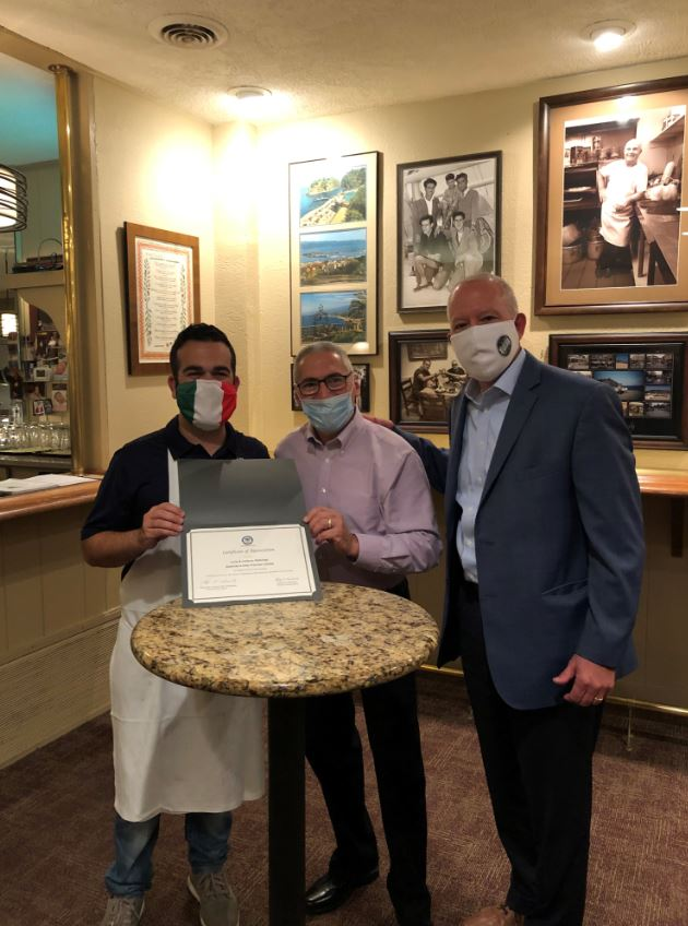 This week, Mayor Horrigan and Ward 2 Councilman Phil Lombardo, were proud to present Certificates of Appreciation to both Dontino's Italian Restaurant and Emidio's Pizza. Both establishments have provided over 30 years of dedication and service to the Ward 2 community!
