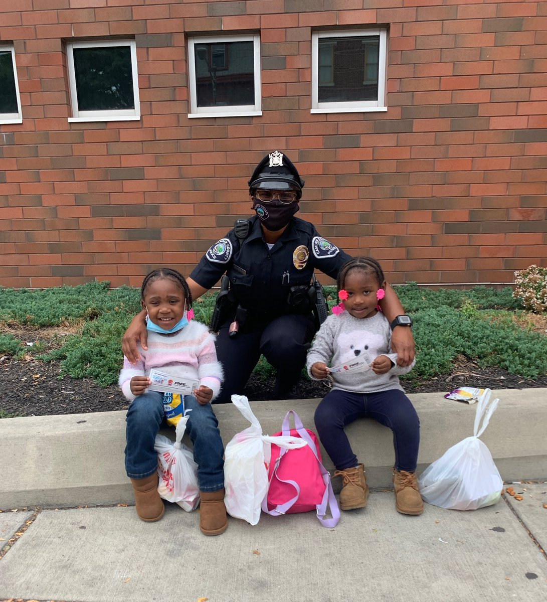 Officer Baker and two cute future officers who can enjoy free slurpees with these @7eleven #OperationChill tickets for good behavior! #CamdenStrong #StrongerTogether