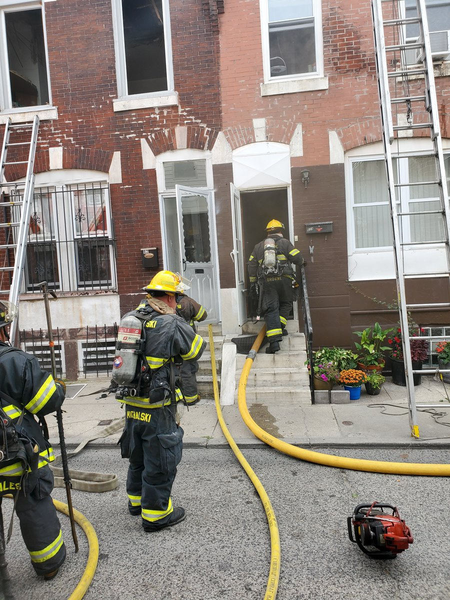 This fire near 7th & Ritner in South Philly was placed under control at 2:19 p.m. #24x7x365