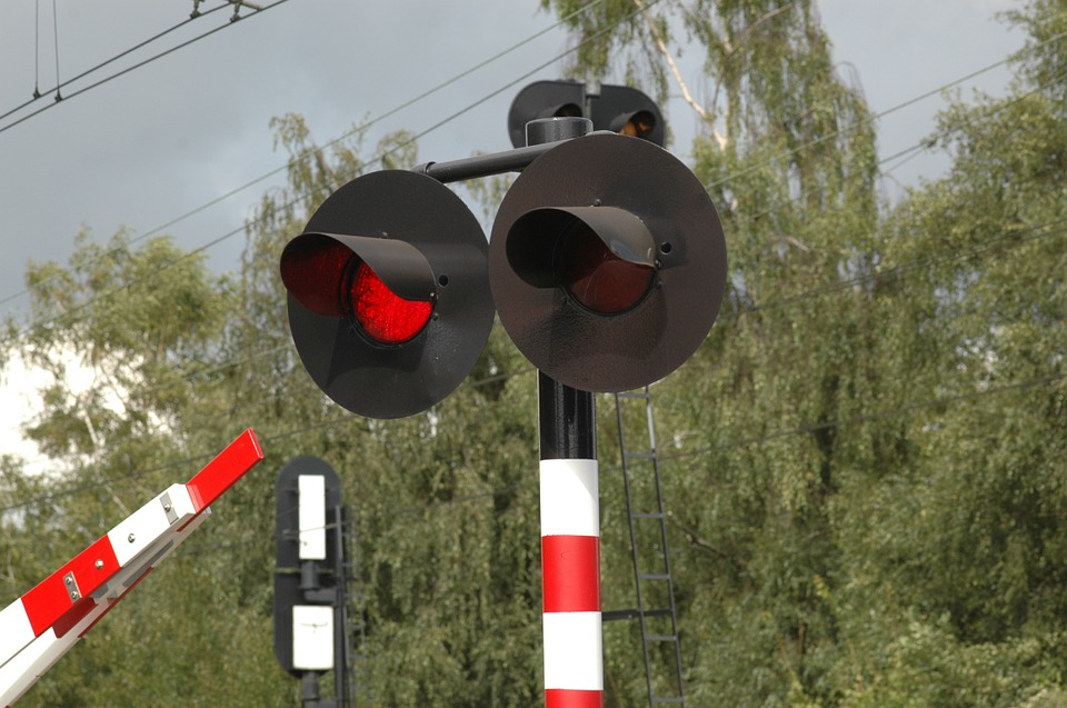 Operation Clear Track  • Stop ahead of the tracks when the lights begin to flash - never stop on the tracks  • Do not go around lowered grade crossing gates • Never attempt to outrun a train • Only cross at designated crossings • Do not walk along or take pics on the tracks
