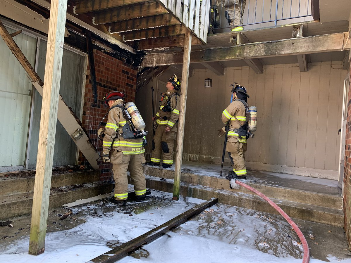 OPFD & @Cfd2NEJoCoKS on scene apt fire 6600 Blk. W.87th. Small exterior electrical fire. Fire out. No injuries.